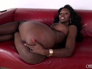 Naughty ebony MILF Nyomi Banxxx loves the feel of his white meat and the taste of his cum