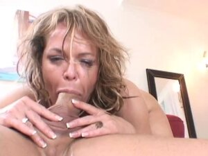 Kelly Leigh swallows a cock