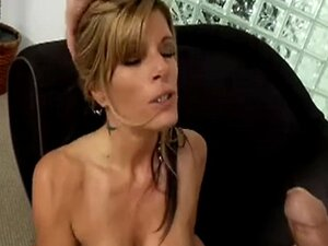 Kristal Summers - Busty Cougar