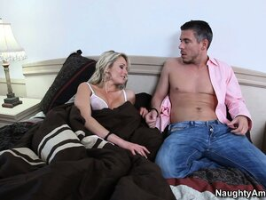 Blonde babe Laura Crystal gets a nice wake up call with tongue and finger