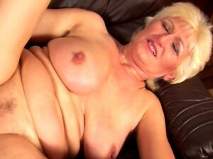 Hottest blonde mature nailed to the max