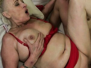 Slutty granny Sila is fucking hard in missionary position