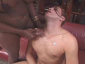 Innocent ebony shemale is fucking with a whitey