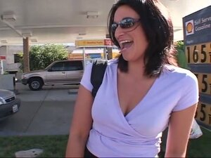 Brunette milf enjoys a hot dp in a van