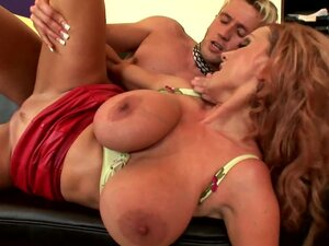 Busty mature mom pleases younger stud