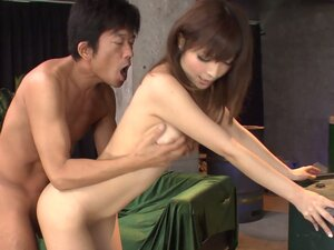 Gorgeous Japanese babe Riona Suzune comes to visit her old friend
