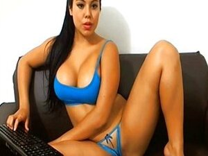 Bit Tits Hot Latina Plays With Herself