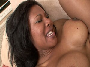Ebony minx jessica dawn drilled to the max