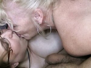 Double sloppy blowjob performed by aged and fat sluts