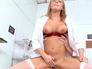 Pornstar nurse Bree Olson fucks with Mark Ashley