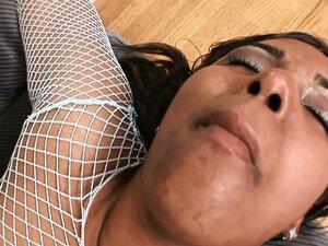 Chunky ebony Monica gets licked in her snatch and drilled by BBC