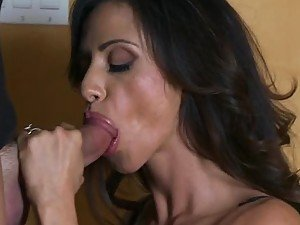 Ariella Ferrera Cheats On Her Cuckold Hubbie with a Cabbie's Big Dick