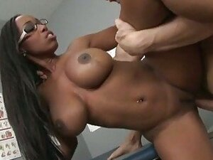 Cum thirsty America Moore gets her mouth jizzed the way she always craved for