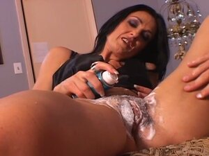 Hot pussy shaving session with horny milf before hardcore pounding