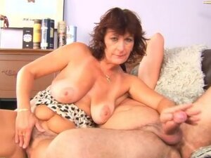 Hairy mature pussy suck and fuck video