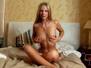 Naked queen blonde wuth angel face Mathea