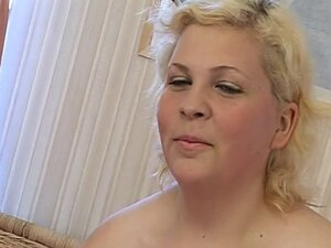 Chubby girl gets fucked in her tight hole