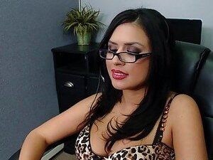 Busty office slut gets nailed by her coworker