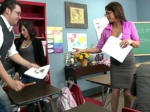 Great Action with the Sex Ed Teacher Brooke Belle In The Classroom