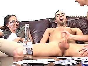 Dude cums on his face after his girlfriend rubs him hard