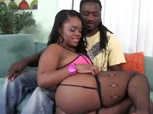 Samone Taylor Enjoys Working Big Black Ass Down Monster Cock