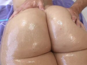 An oiled ass looks good in fuck video