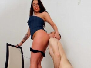 Licking mistress ass and taking her piss