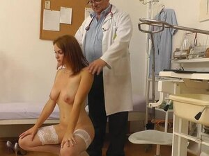 Sensual babe in stockings is fucking with doctor