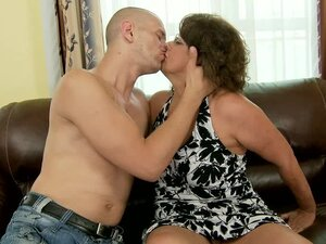 Lewd granny Gigi M gets her hairy pussy licked, toyed and drilled