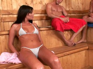Babe in bikini Simony Diamond is fucking in a MMF threesome