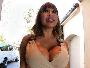 Total MILF Ava Devine gets her holes filled