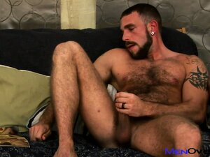 Gay bear plays with his tight butthole while jacking on his dick