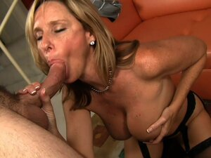 Kinky milf enjoys young meat