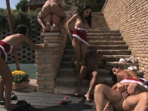 Outdoor orgy group sex with five gorgeous babes