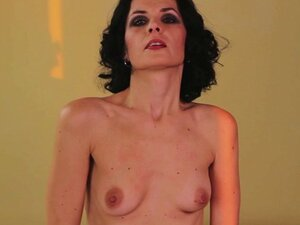 Mature MOM with small tits and big sex hunger