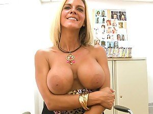 A Hardcore POV Fuck With A Horny Blonde Cougar