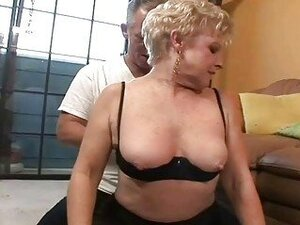 Nice horny granny gets old penis in her Pussy