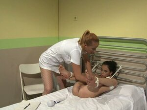 Katy Parker and Kerry play lesbian games in the hospital