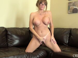 Darla Crane takes off her heels and goes to town on her pussy