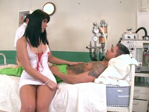 Slutty brunette nurse gets threesomed in a hospital ward