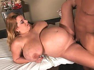 BBW patient fucked by her doctor
