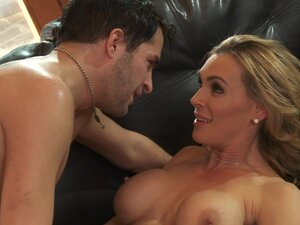 Tanya Tate is making gorgeous blowjob with pleasure