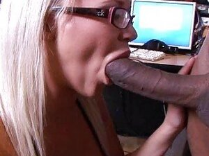 Sexy blonde chick with big boobs get a dick