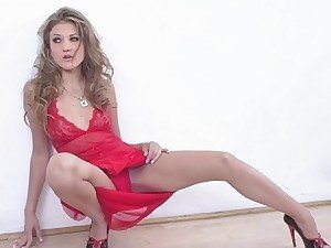 Mia Rose a red dress and a photo shoot sizzles