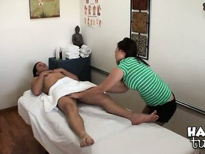 Jeremy Steele lies down on the massage table, no expectations whatsoever. So, when Kita Zen starts giving him the best handjob ever, hes more than pleased. What a lucky fucker.