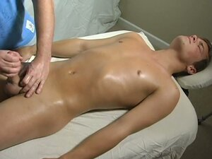 Straight guys first massage ending in sizzling hot gay handjob