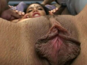 Indian babe gets hardcore sex in her bedroom