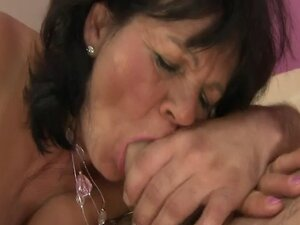 Cocksucking granny pussfucked hard