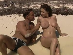 Babe with big tits Robert Misoni beach sex