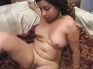 Fat Indian slut gets her pretty face covered with sticky goo